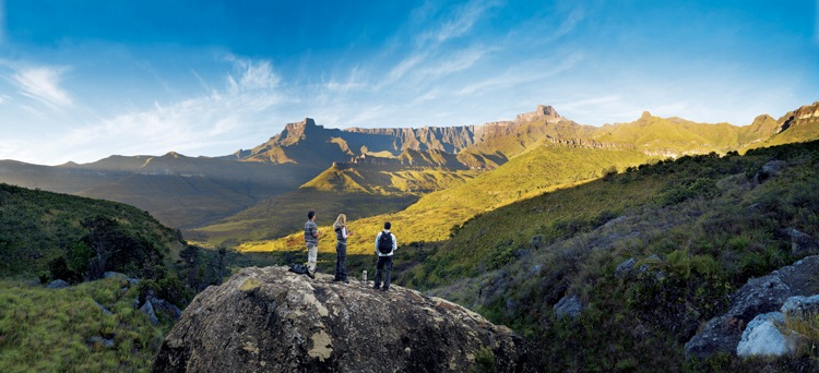 The 5km stretch of basalt wall forms a natureal 'amphitheatre' in the uKhahlamba Drakensberg - World Heritage Site
